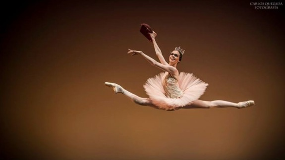 Grand Pas de Deux, Christian Spuck, Mikhael Kaninskin, Viktorina Kapitonova, Ballet, Mexico