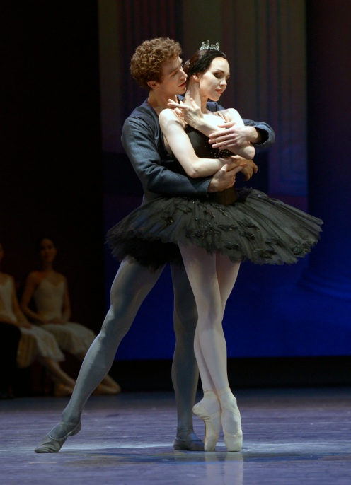 Viktorina Kapitonova William Moore Swan Lake Ballet Zurich