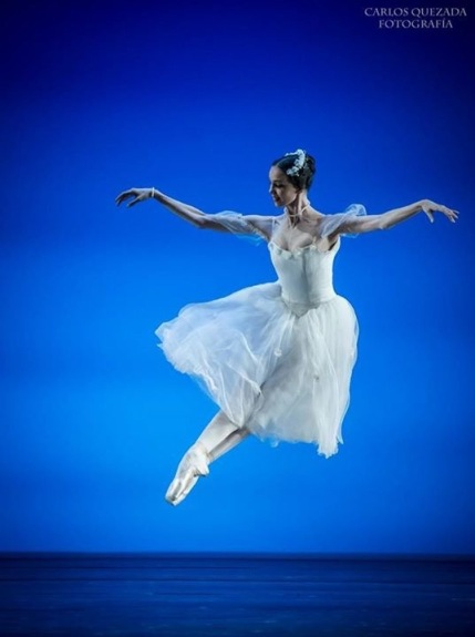 Viktorina Kapitonova La Syphide Ballet Ballerina