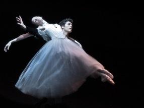 Viktorina Kapitonova Roberto Bolle Giselle Ballet Zurich