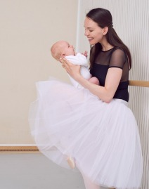 Viktorina Kapitonova with baby Henry